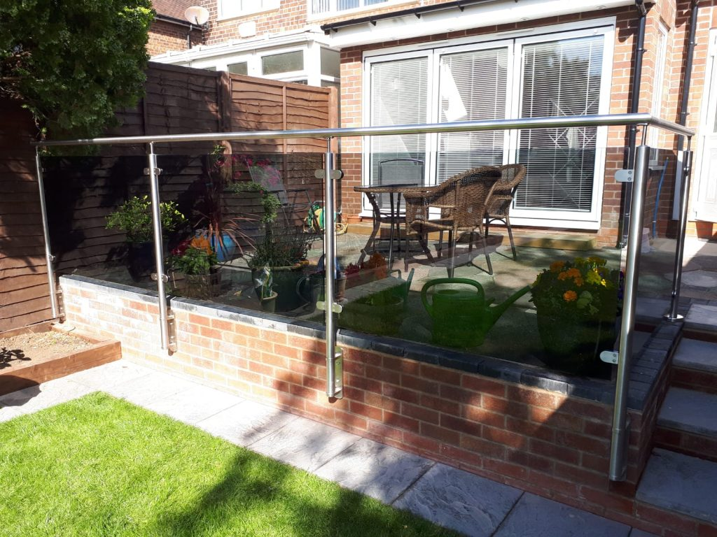 Tinted Balustrading – Hull